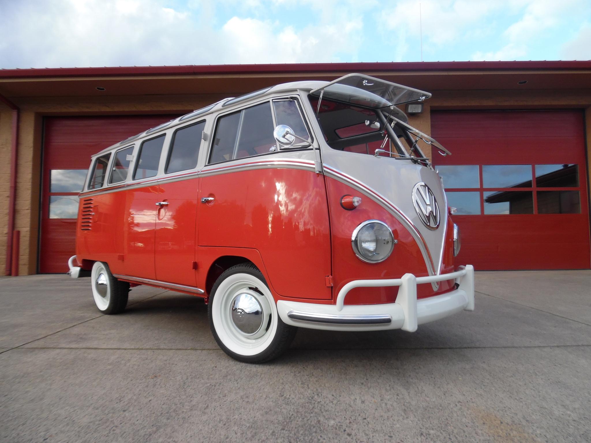1959 Volkswagen 23 Window Deluxe