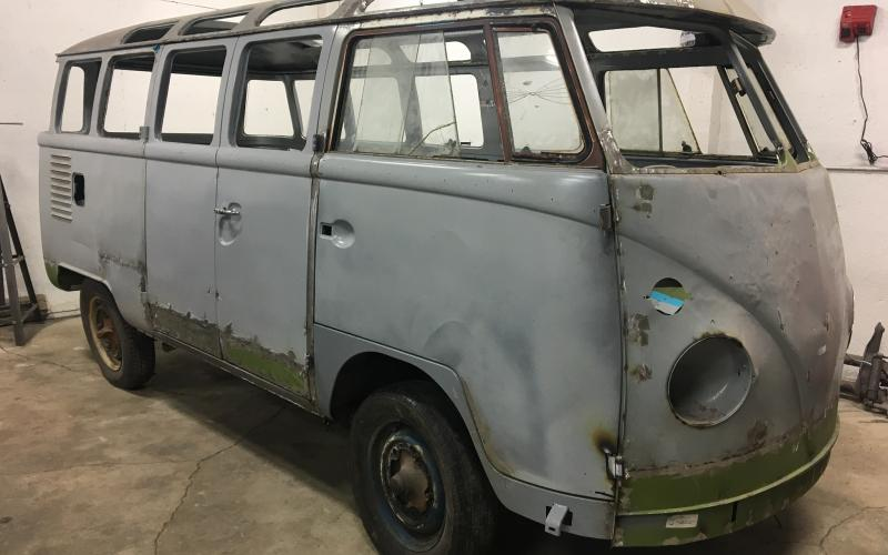 1963 volkswagen 23 window deluxe bus silver lining for 1963 vw 23 window bus for sale